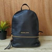 Рюкзак Michael Kors Rhea Zip с золотистым замком черный