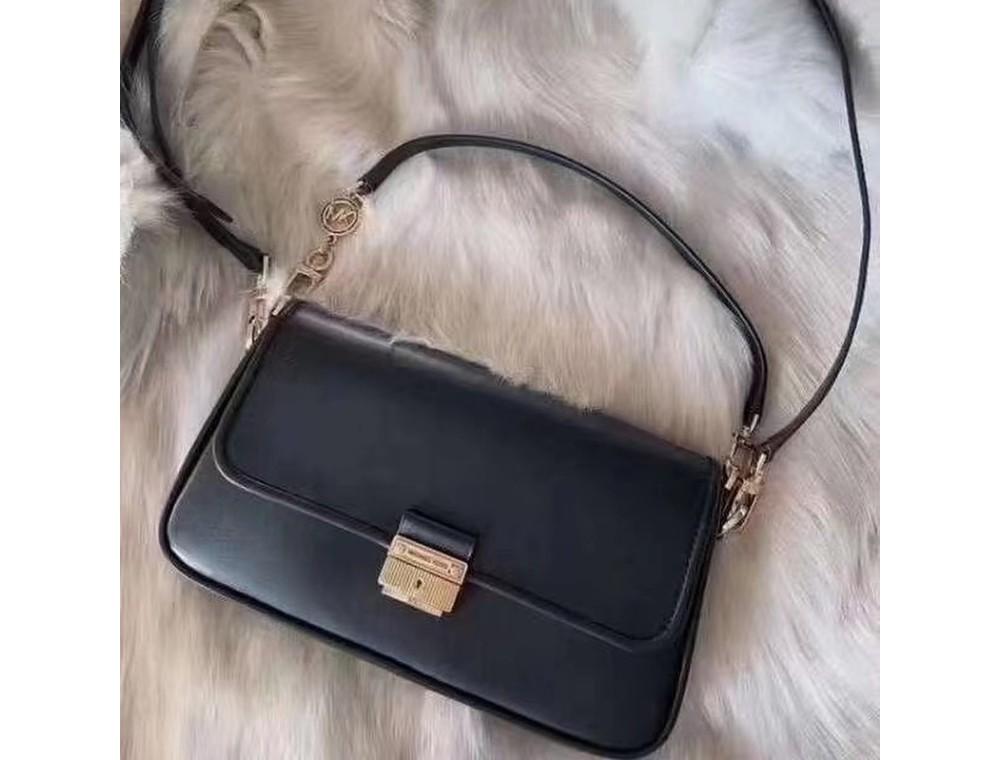 Michael Kors выпустил сумку, посвященную Кэрри Бредшоу